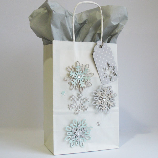 Holiday gift wrap and tags pebbles inc 131123 snowflake bag negle Gallery