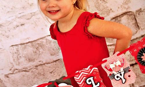"""Valentine's """"Lovely"""" Banner"""