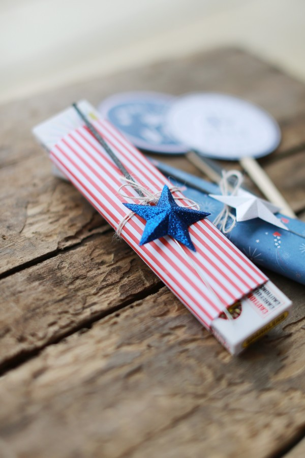 Parade treat bags made with the ever-patriotic #Americana line by @PebblesInc. #treatbags #FourthofJuly