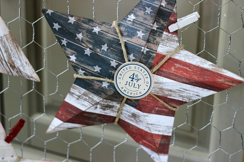 Patriotic paper stars made with @PebblesInc #Americana collection Created by @ribbonsandglue #craft #patriotic #fourthofjuly