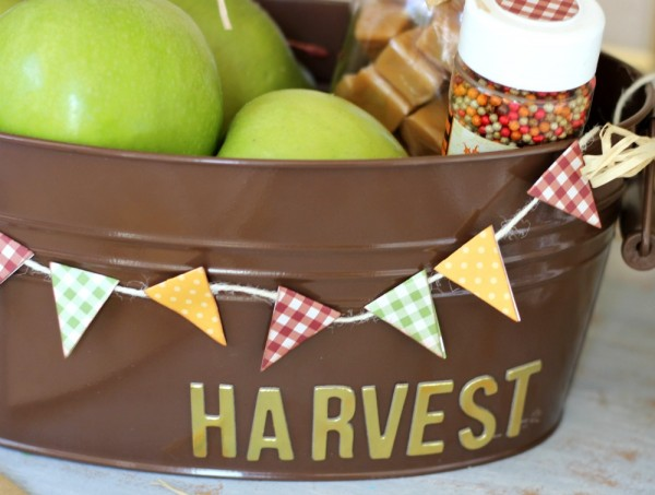 Fall Harvest Basket made from @pebblesinc Basics paper and @jenhadfield Home + Made banner dies by @ribbonsandglue