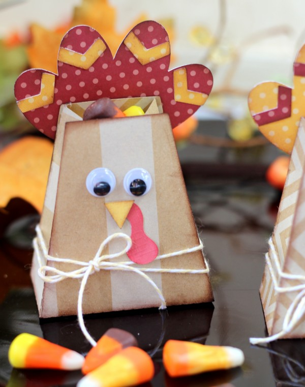 Turkey Treat Bags made from @pebblesin  Home + Made collection and @silhoutteamerica by @ribbonsandglue