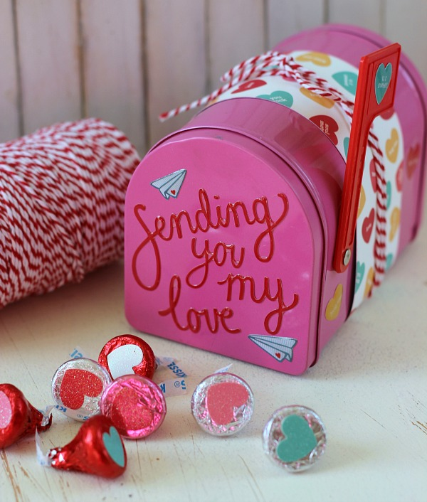 Valentine's Mailbox made with the @pebblesinc We Go Together collection by @ribbonsandglue