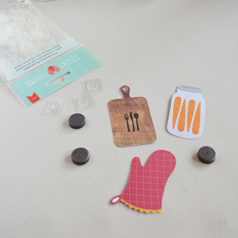 DIY Recipe Card Holder by @thehappyscraps made using the Harvest line from Pebbles Inc.