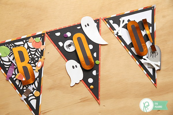 Halloween Banner made by @evapizarrov using the new #Boo! collection from @pebblesinc