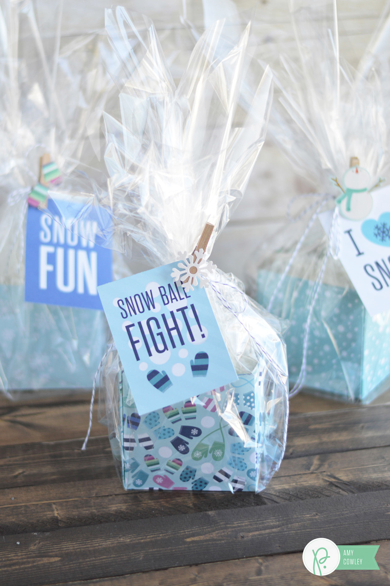 Create these interactive and fun gifts for friends and neighbors using the #winterwonderland collection with the tutorial from @thehappyscraps on the @pebblesinc blog.