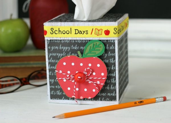 Teacher Tissue Box made with @pebblesinc Everyday collection by @jenhadfield and Silhouette Cameo. Designed by @ribbonsandglue