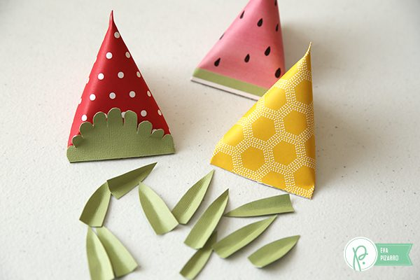 Cute Fruit Treat Bags by @evapizarrov using the lovely #Everyday collection by @tatertotsandjello and @pebblesinc