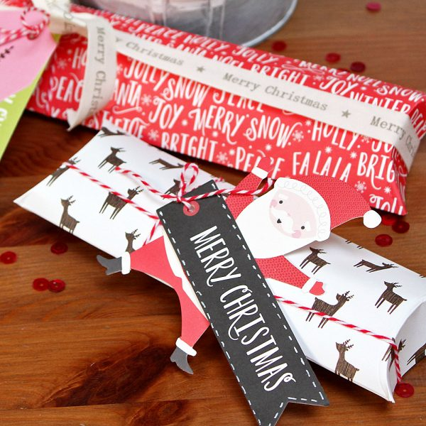 Holly Jolly Christmas Gift Boxes made by @MoniqueLiedtke using the #HollyJolly collection from @PebblesInc.