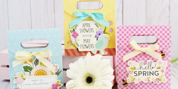 Spring Treat Bags by @jbckadams for @pebblesinc #madewithPebbles #pebblesinc #springDIY