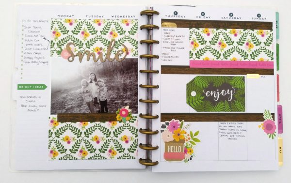 Love these planner pages from @mother0froyalty; they look so lovely with #patioparty from @tatertotsandjello!